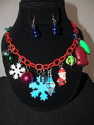 #3 Christmas Necklace W/Earrings
