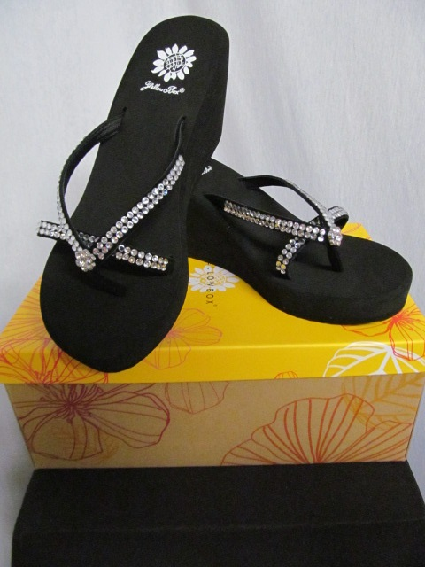 Yellow Box Gateway  - Black Flip Flops