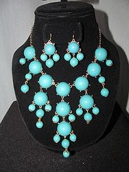 NE188X130W - Turquoise Bubble Necklace