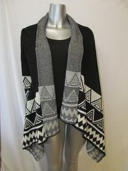 Vocal V1M0373 - Vocal Black/Cream Shaw With Tribal Print